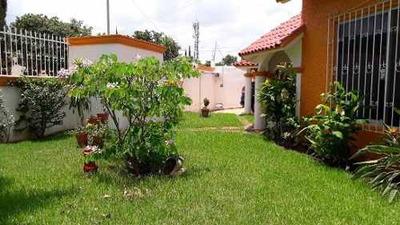 Casa En Venta En Fraccionamiento Residencial San Isidro, Laureles