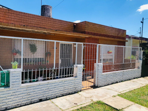 Casa Americana 4 Ambientes - Jose C Paz.