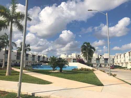 Renta Casa En Cancun, Residencial Long Island, Exclusiva!!
