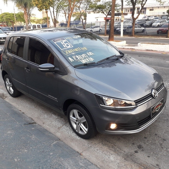 Volkswagen Fox 1.6 Comfortline Total Flex 5p 2016