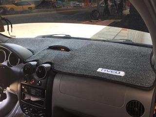 Tablero Protector En Alfombra Y Para Piso Chevrolet Aveo