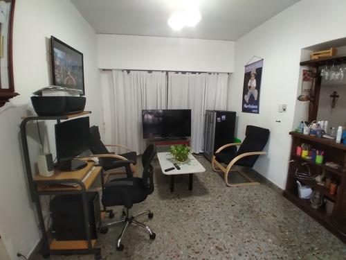 Casa 4 Amb. Garage-quincho-parrilla-pileta