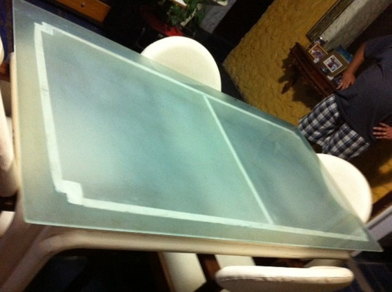 Mesa Tampo De Vidro Com 4 Cadeiras Acolchoadas