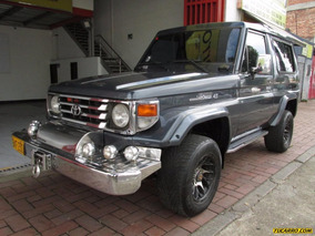 Toyota Land Cruiser Macho