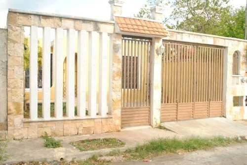 Casa En Venta Cerca De Avenida En Mulsay