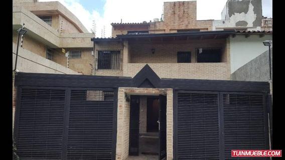 3 Casas En Venta 19-3108 La Trinidad