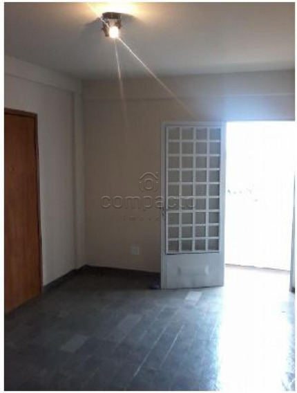 Apartamento - Ref: V408