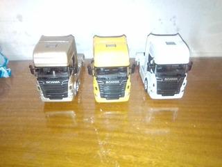 3 Miniatura Sem Rodas