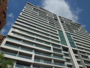 Apartamento En Venta La Trigaleña Valencia 20-2019 Ez