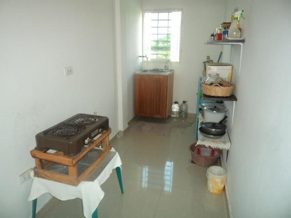 Apartamento En Venta En Cabudare Palavecino. Al 20-3231