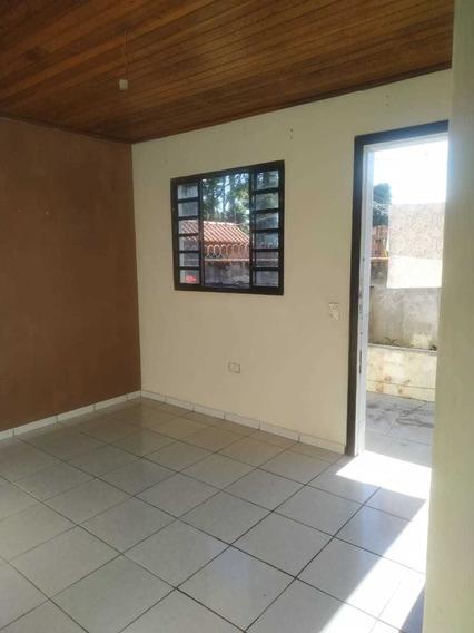 Aluguel - Casa 2 Quartos Bem Localizada - Dir. Proprietário