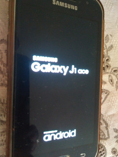Celular Samsung J 1 Ace