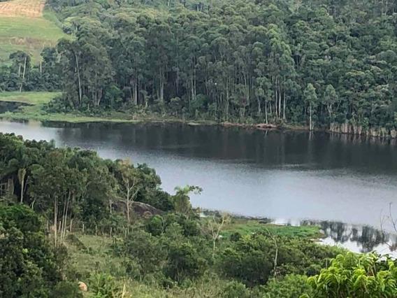 Chácara De 8.000m2 Na Beira Da Represa Do Rio Biritiba
