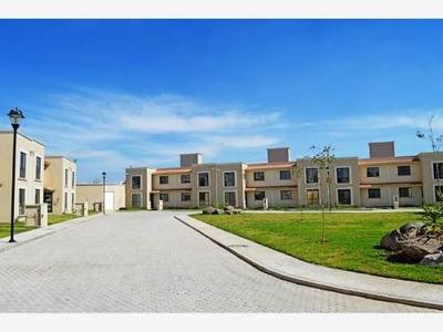 Casa Sola En Venta Hermosa Casa De 2 Niveles Excelente Precio Y Ubicación