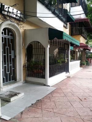 Alquiler De Apartamento En Gascue, 147 Mts, Santo Domingo.