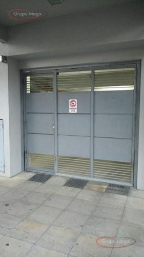 Cochera  Fija En Edificio  - Bajas Exp.  Oport!