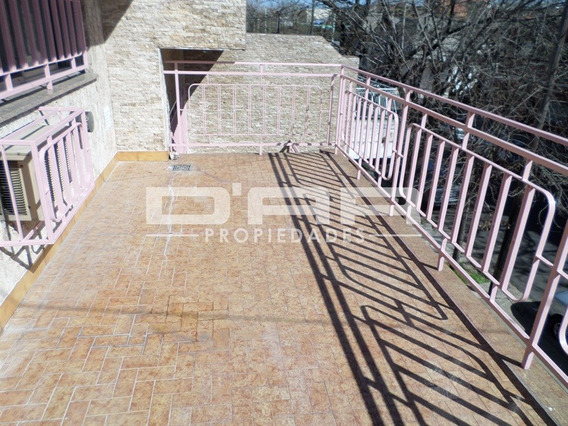 Hermoso Ph 1° Al Frente Con Balcon Aterrrazado. Sin Expensas