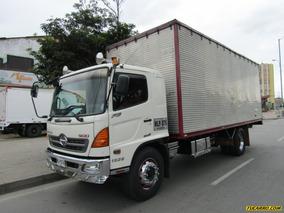 Camion Furgon Hino