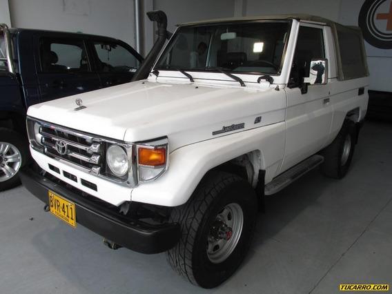 Toyota Land Cruiser Fzj A.a