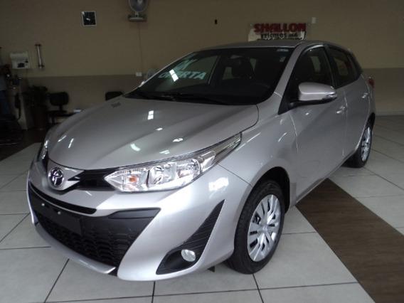 Toyota Yaris 1.3 Xl 16v Cvt 5p 2019/2020 Prata Premium