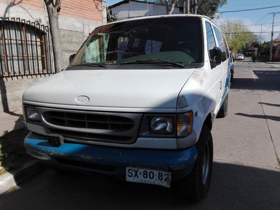 Camioneta Ford Econoline