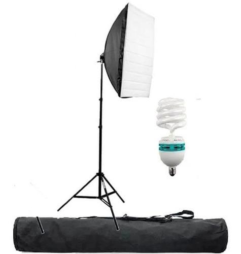 Imagem 1 de 4 de Kit Softbox Tripe Iluminação Estúdio Softbox 70cm 135w 5500k
