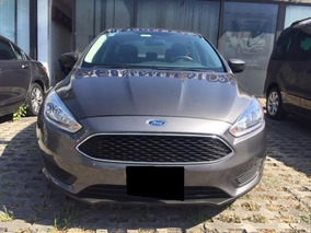 Ford Focus 4p S L4 2.0 Aut