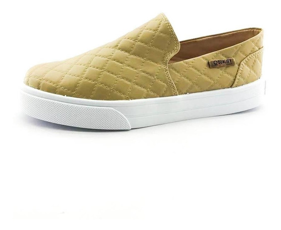 Tênis Slip On Quality Shoes 004 Matelassê Bege