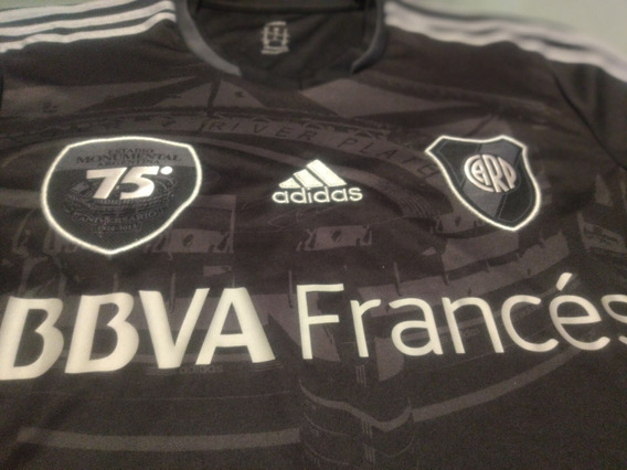 Camiseta River 2013 Negra - 75 Años Monumental