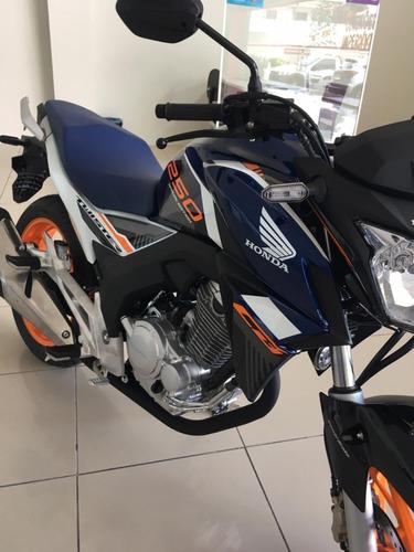 Honda / Twister