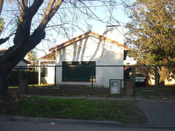 Casa Alquiler City Bell Centrica 3 Dormitorios Servicios