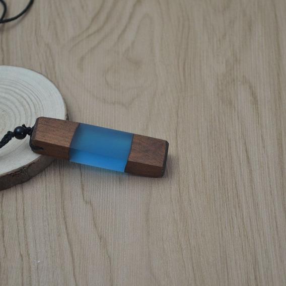 Colar Longo Madeira Resina Azul Envio Imediato Unissex
