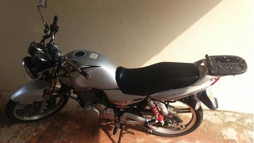 Imagem 1 de 1 de Gsr 150i Moto Esporte
