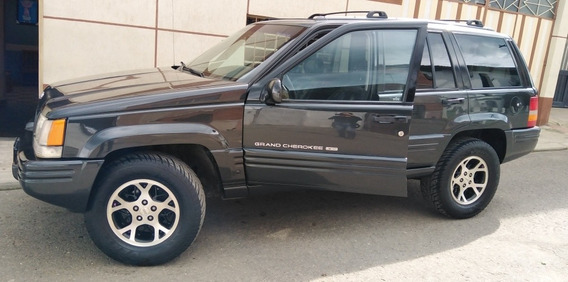 Jeep Grand Cherokee Limited Americana