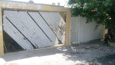 Casa De Una Planta En Venta En La Colonia Las Granjas, Chihuahua Terreno 250 M2