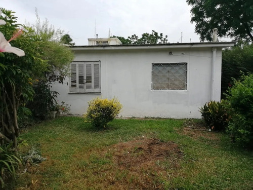 Dueño Vende Casa En Ph 1 Dormitorio En Sayago Con Patio