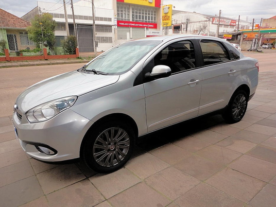 Fiat Grand Siena 1.6 Essence 2013 Ótimo Estado.