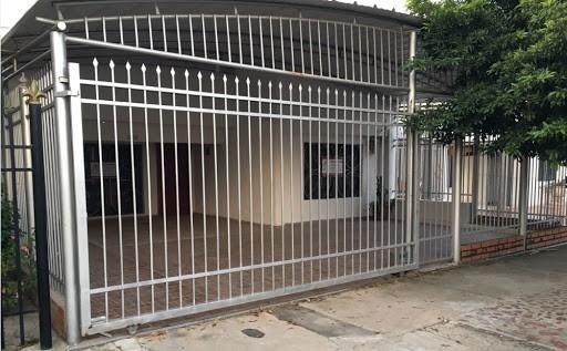 Casa Amplia Con Excelente Ubicacion - Cod 75