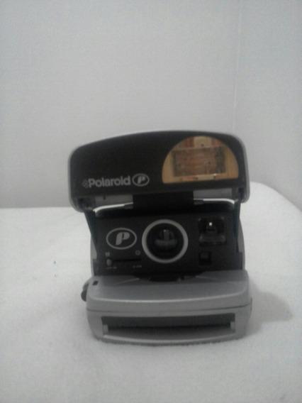 Câmera Fotográfica Polaroide .