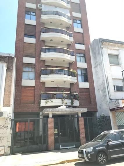 Departamento Piso En Alquiler 2 Dorm 5 Y 56
