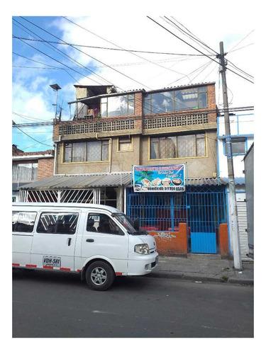 Vendo Casa 3 Pisos, Barrio Carvajal Bogotá