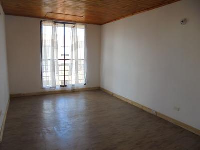 Apartamento En Venta Madrid 675-1463