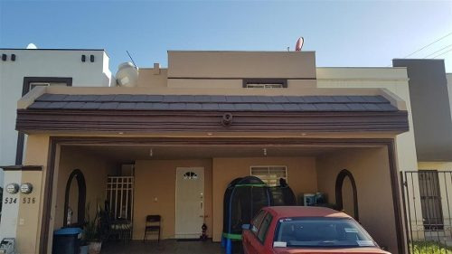 Casa En Venta Col. Las Lomas Sec. Jardines (30-cv-1302 Sil)