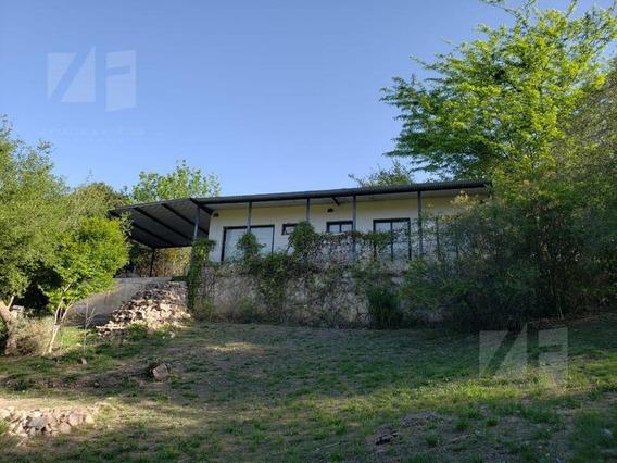 Encantadora Propiedada (8 Años De Antiguedad), Villa Cerro Azul. Escritura, Impuestos Al Dia