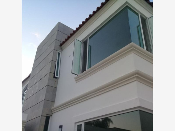 Casa Sola En Venta Fracc. Santa Monica