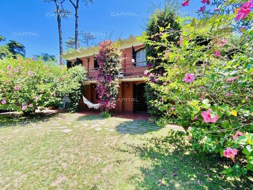 Venta De Casa 5 Dormitorios En Pinares, Punta Del Este-ref:30538