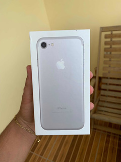 Caixa iPhone 7 Prateado 32gb Com Manual