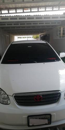 Toyota Corolla Sensación  4x2
