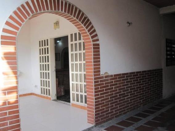 Casa De 205mts2 En La Cooperativa Gbf20-5121
