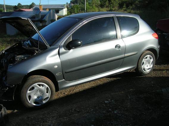Sucata Peugeot 206 1.0 16v 2002 Gas. 2 Porta - Rs Auto Peças